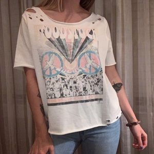 Woodstock Shortsleeved Distressed Top
